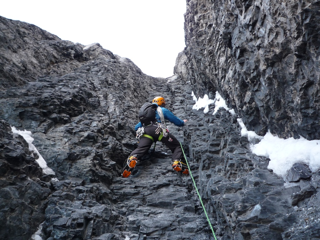 Eiger alpineaddiction norwegian mountain guides tindevegleder colin on the exit cracks very dry reheart Images